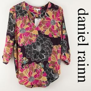 DR2 Daniel Rainn Elka Patterned Split Neck Blouse